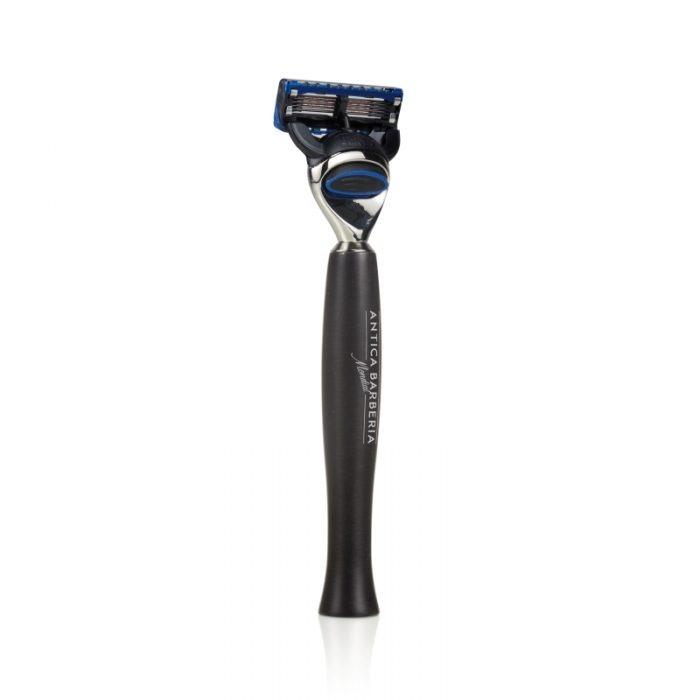 бръснач