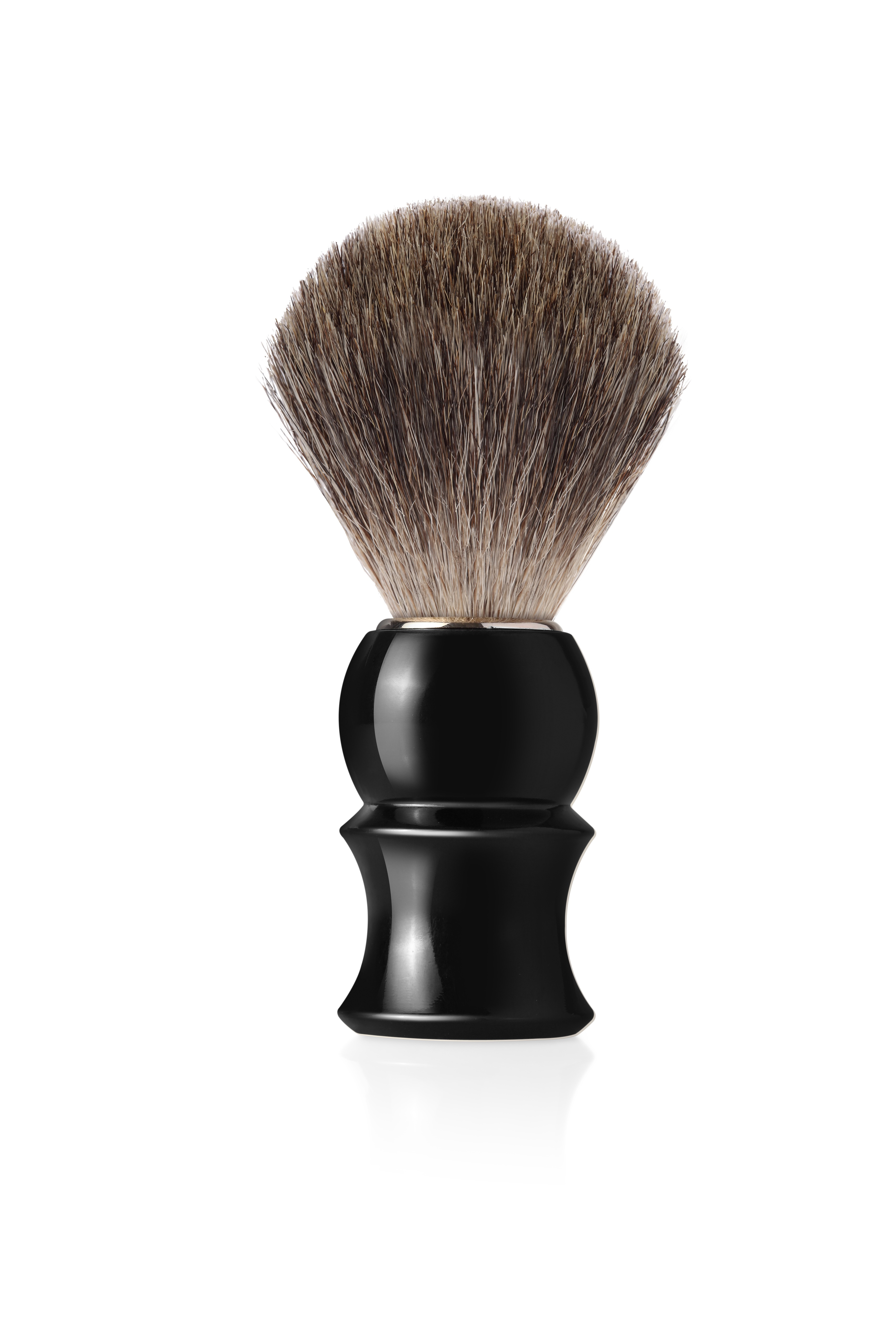 Четка за бръснене с естествен косъм от сив язовец с дръжка в черен цвят
