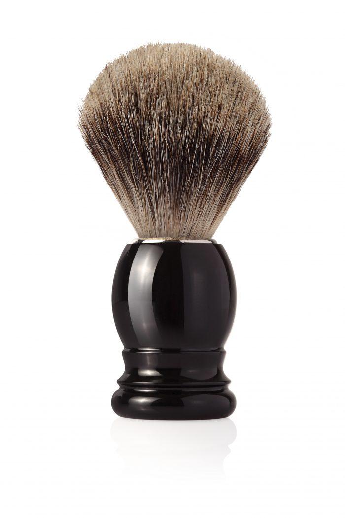 Четка за бръснене с естествен косъм, с черна пластамсова дръжка + подарък